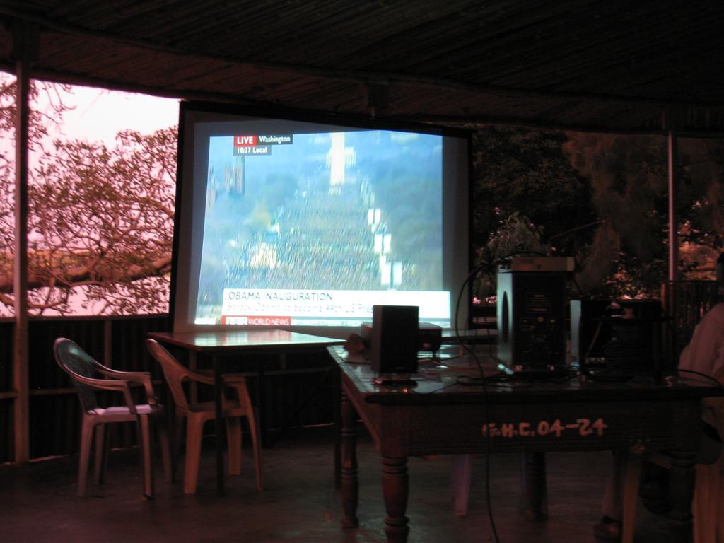 210._Watching_Obama's_inauguraton_on_home-made_screen_in_Bahir_Dar.jpg